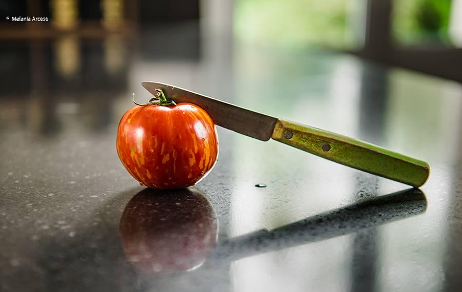 pomodoro e coltello